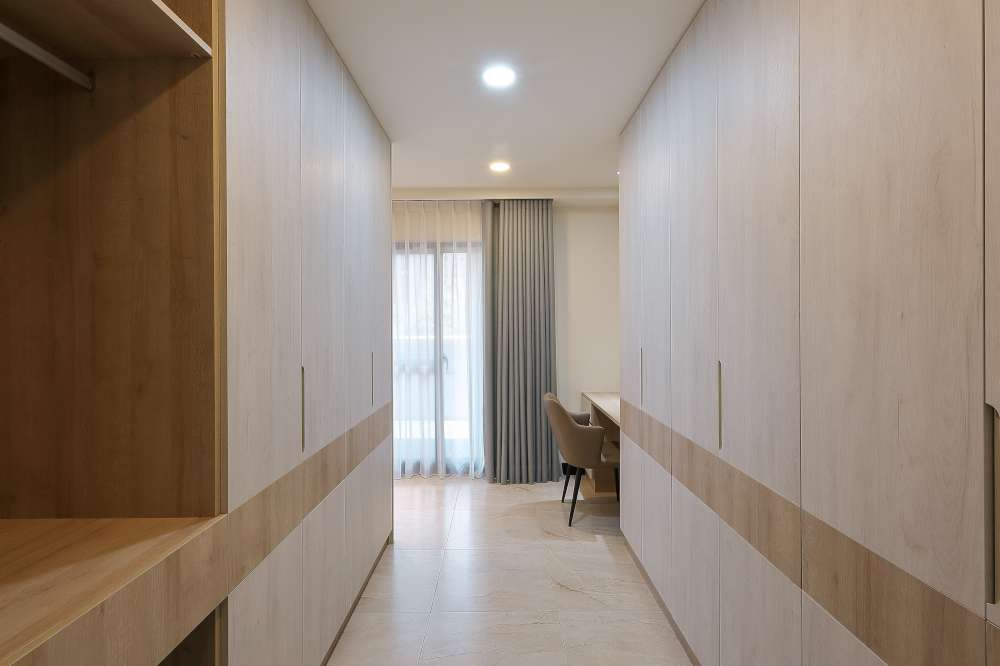 女孩房更衣室\現代簡約風\永佳居 劉公館\桃園八德室內設計